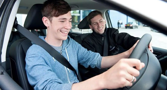 Driving lessons deals and offers in Cambridge